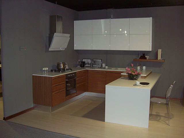 Cucina Lube Pamela Ciliegio-Bianco Lucido - VissaniCasaVissaniCasa